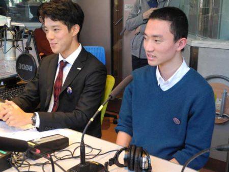 自由学園の中田樹さん、上野太誠さん(左から)